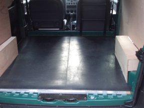 W Ultra Wykładzina z gumy do samochodu - na pakę i do bagażnika. QF41